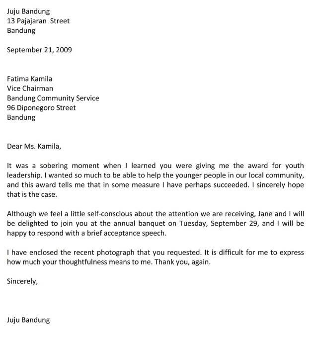surat menerima penghargaan bahasa inggris C3