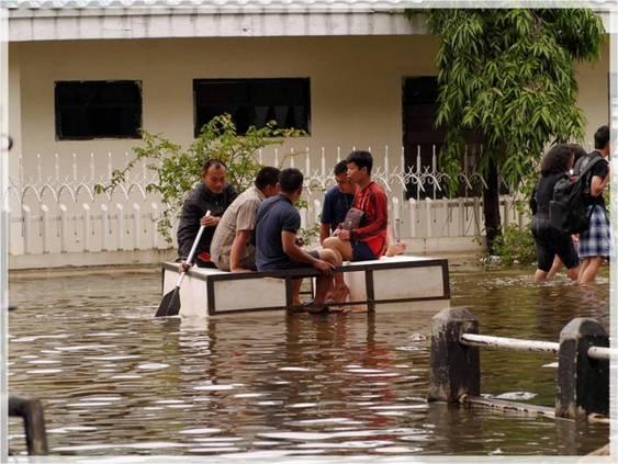 Banjir Ibukota Bukti Nyata Rusaknya Lingkungan